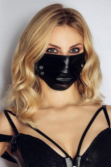 Maske 6 mit Nieten